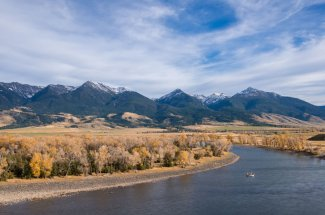 adventure mountains river fly fishing guided trip